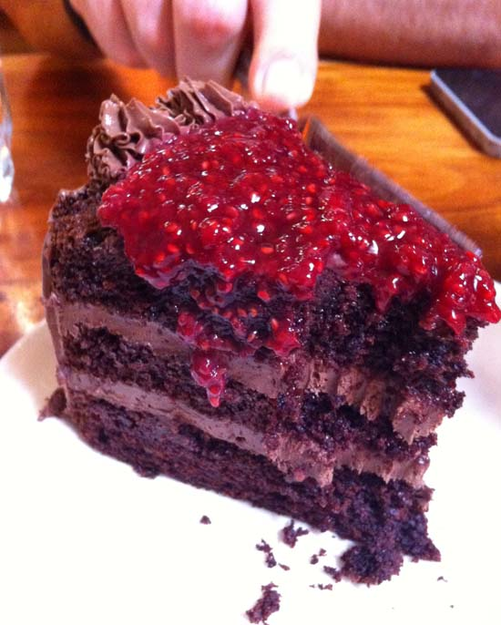 chocoolate raspberry cake