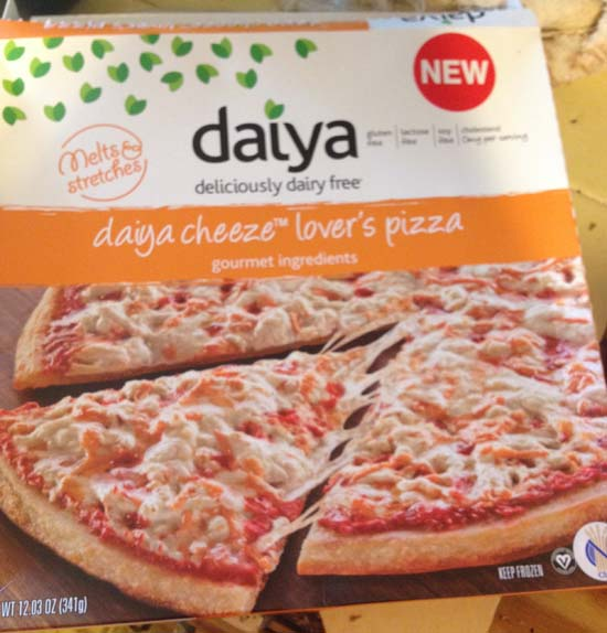 Daiya cheese pizza packaging