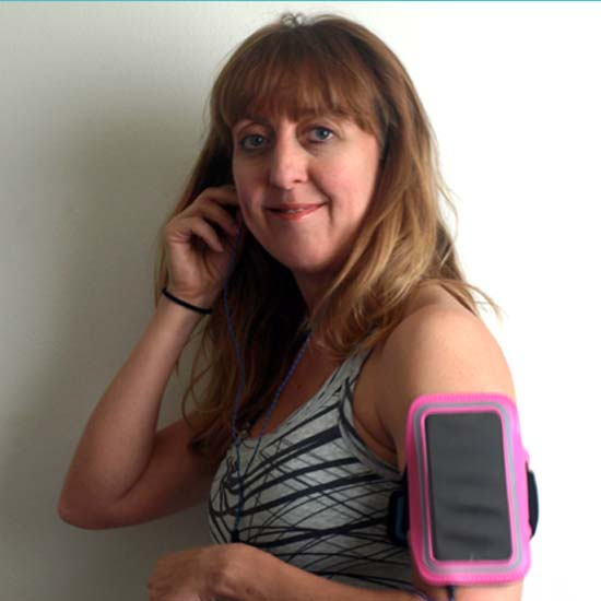Review: Hot Pink Armband for iPhone 6 from AirBundle