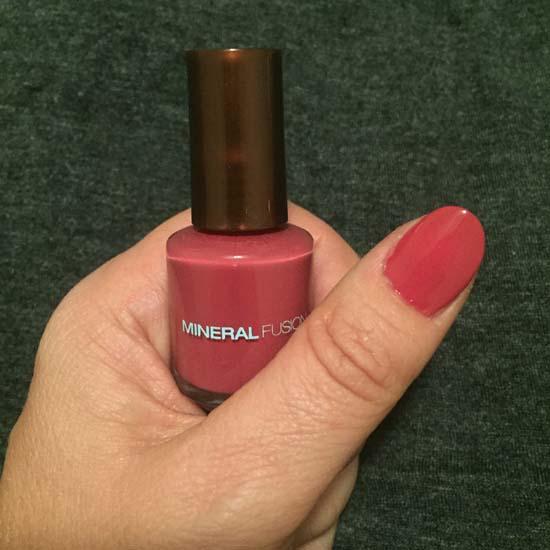 VEGAN CUTS NOV 2015 mineral fusion nail polish