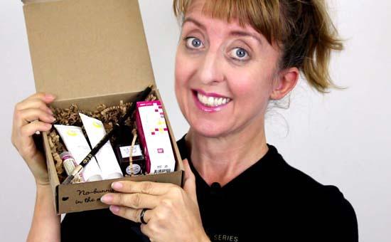 cruelty-free vegan cuts beauty box dec 2016
