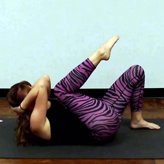 Yoga flow for beginners - 30 minute video! - Di Hickman