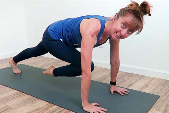 15 minutes yogalates workout