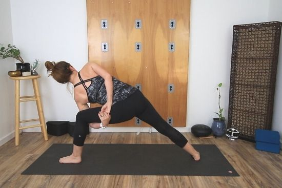 bound side angle pose - from back